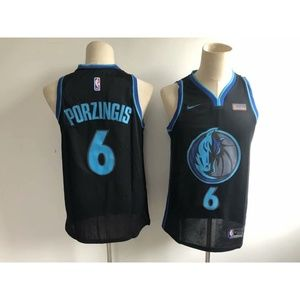 Dallas Mavericks Kristaps Porzingis Jersey (1)